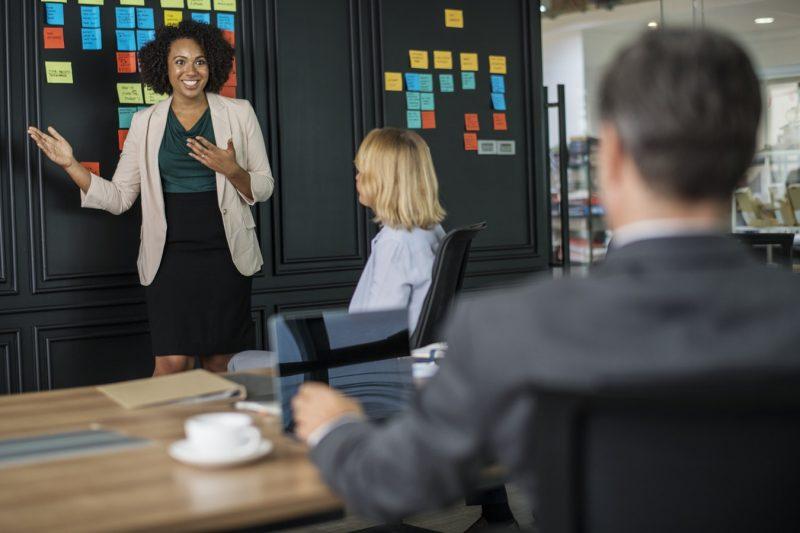 Cara agar tidak grogi saat berbicara didepan umum