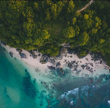 6 Pulau yang Asik Selain di Bali